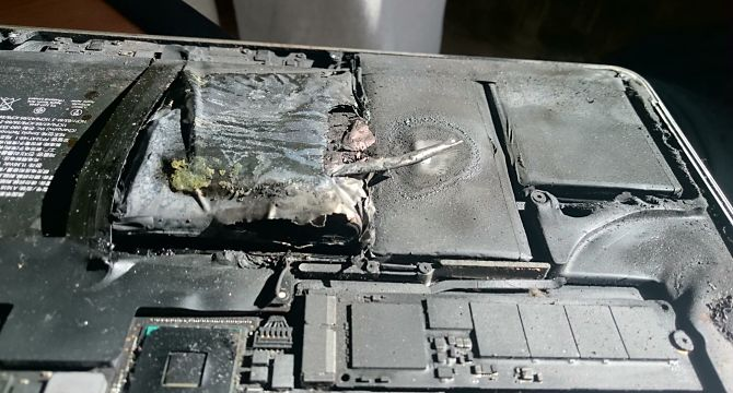 Сгоревшая батарея телефона