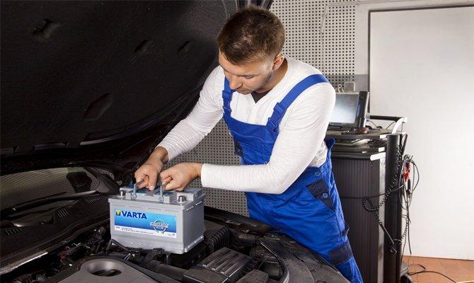 002 3 - Установка аккумулятора в багажник
